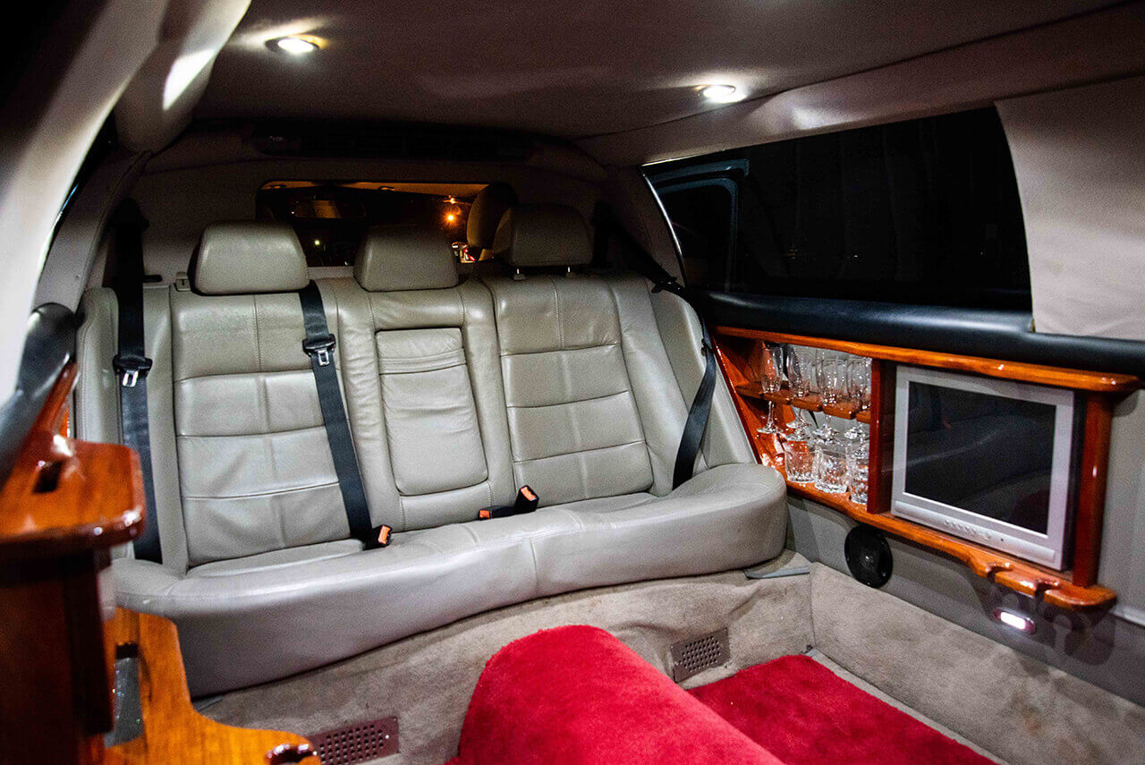 7 Seater Ford Fairlane Stretch Limo interior back view
