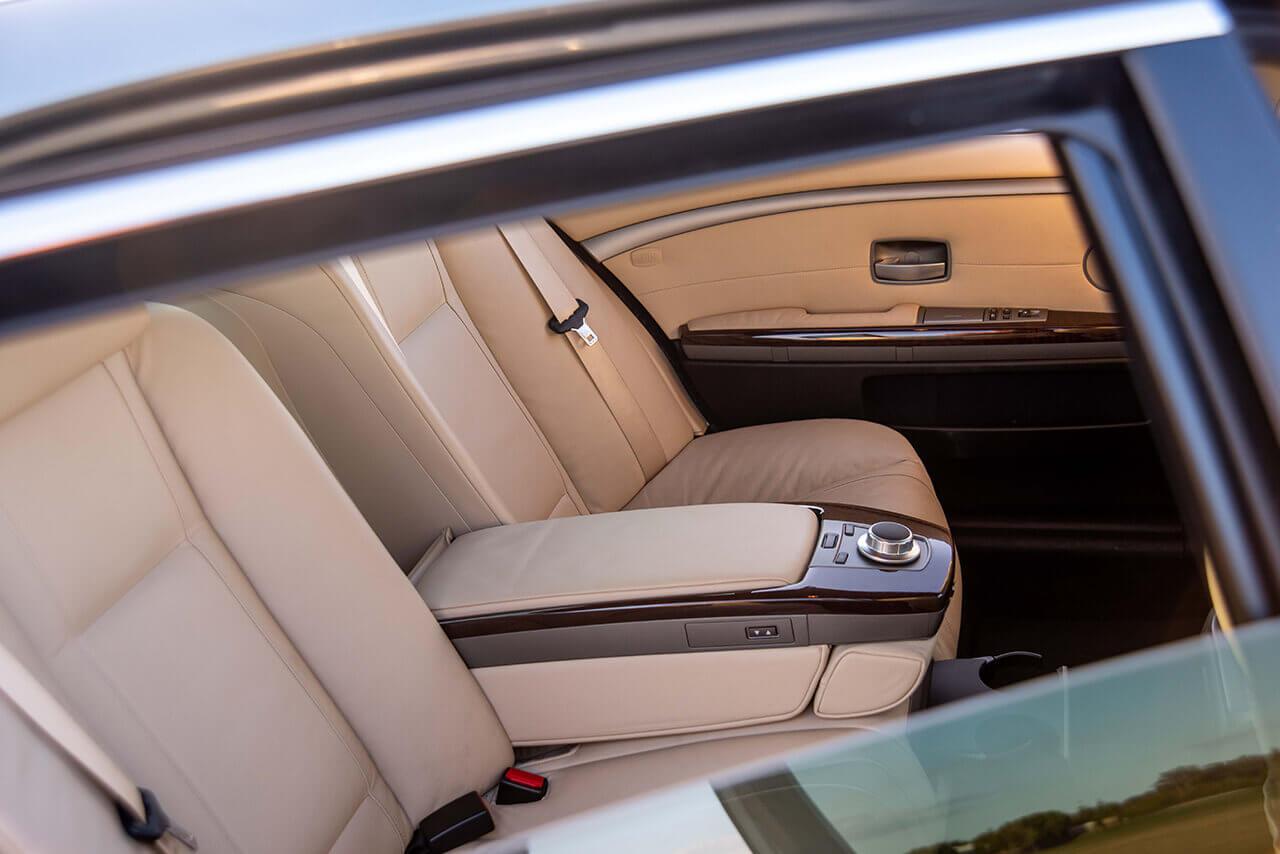 BMW 750 Li Grey interior