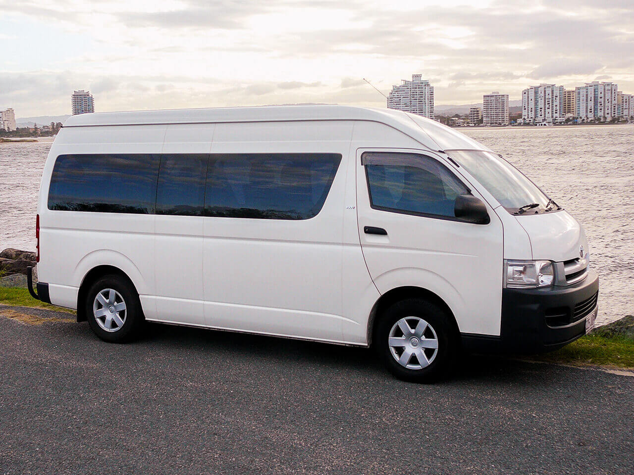 Toyota Hi Ace 13 Seater Side View