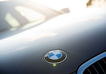 formal car hire bmw badge
