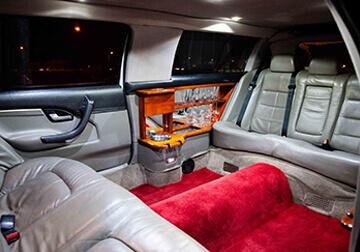 7 Seater Stretch limousine hire service Brisbane